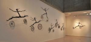 Mural-e-lnstalación-La-Huida,-de-Miguel-Ramírez